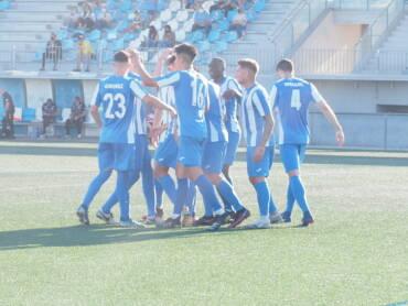 Un punto ante el RCF Benidorm para cerrar la temporada en el Guillermo Olagüe (2-2