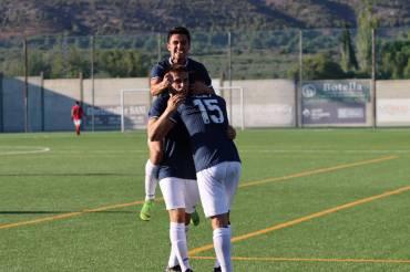 """Victoria trabajada en el Estadio Municipal """"La Llometa"""" por 1-2"""